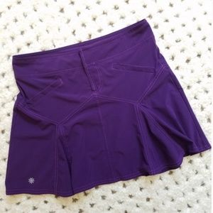 Athleta All Terrain skirt In Purple! Size 8